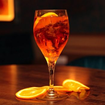 Aperol Spritz: The Flavor of Summer